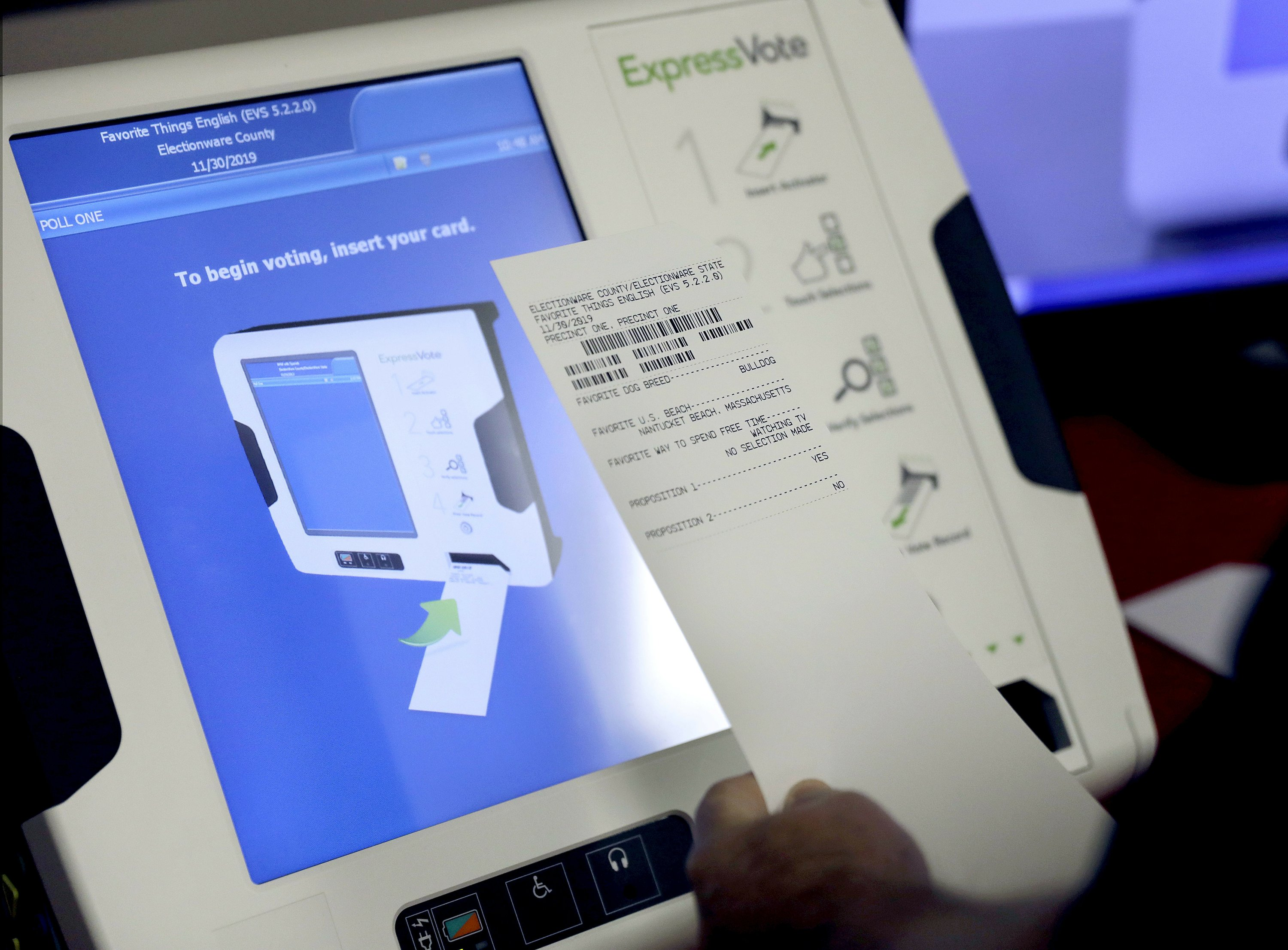 New voting machine that prints paper record of votes cast